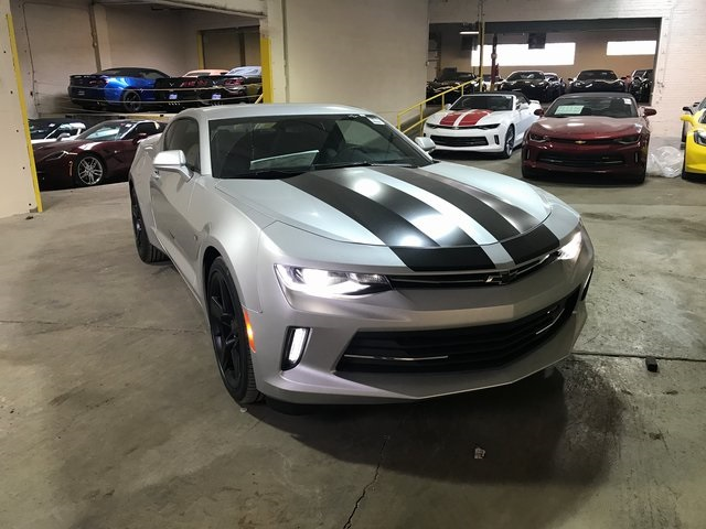 new 2017 chevrolet camaro 2lt 2d coupe in chicago. Black Bedroom Furniture Sets. Home Design Ideas