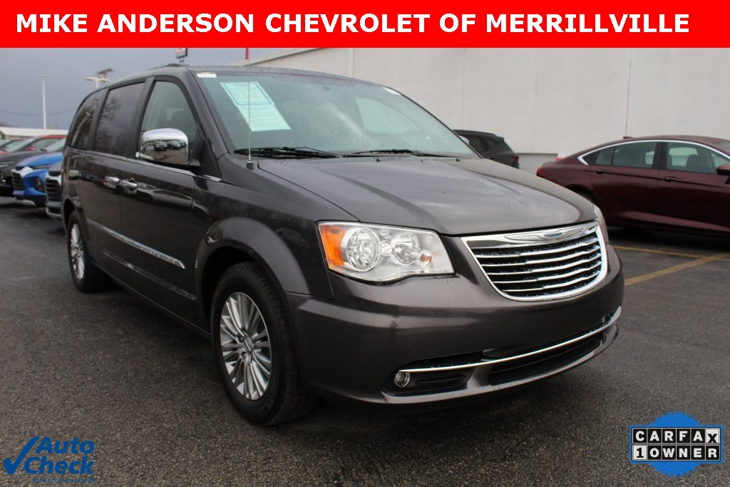 Pre Owned 2016 Chrysler Town Country Touring L